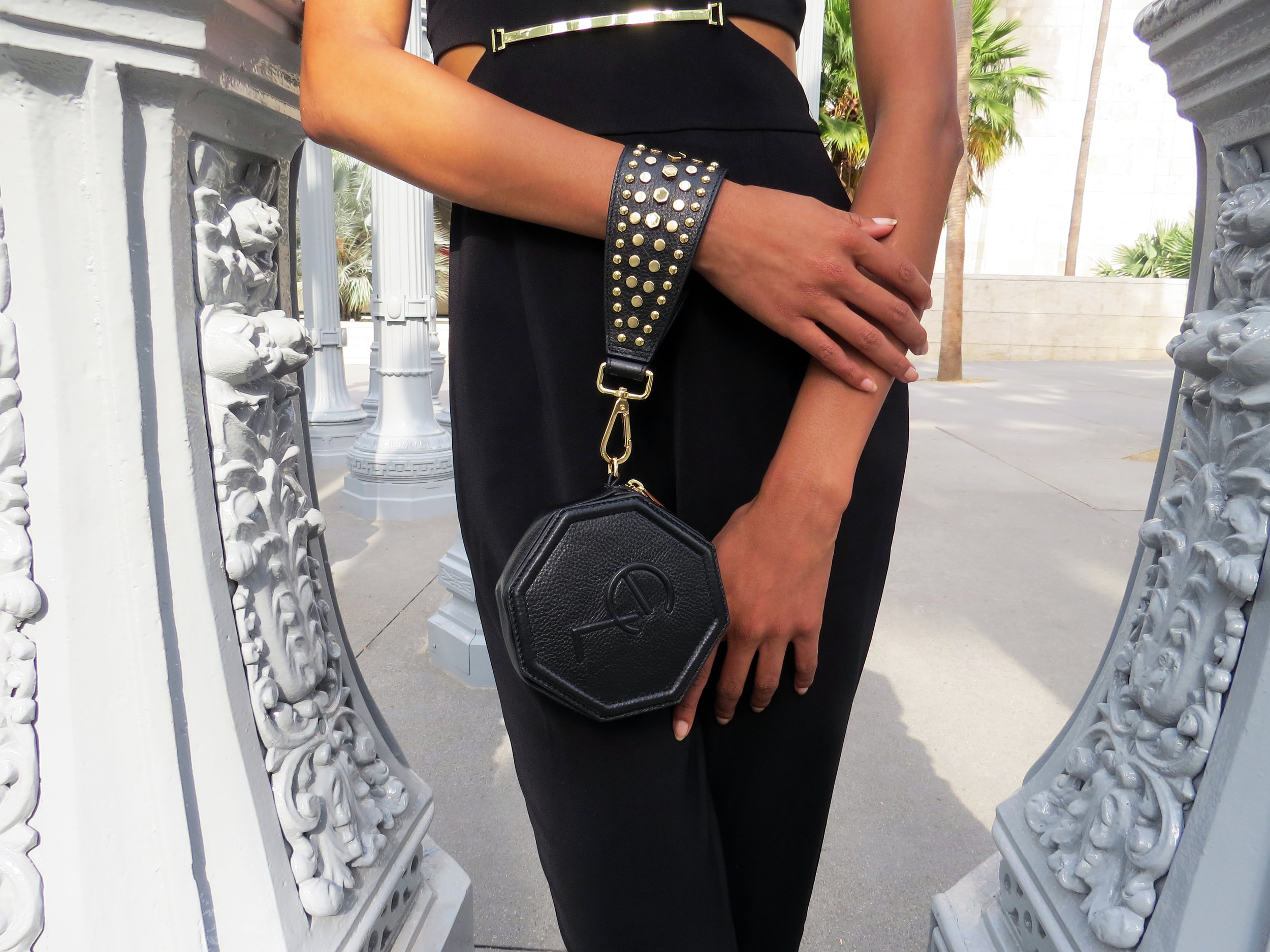 Elizabth Laine Auria Wristlet Black2.jpg