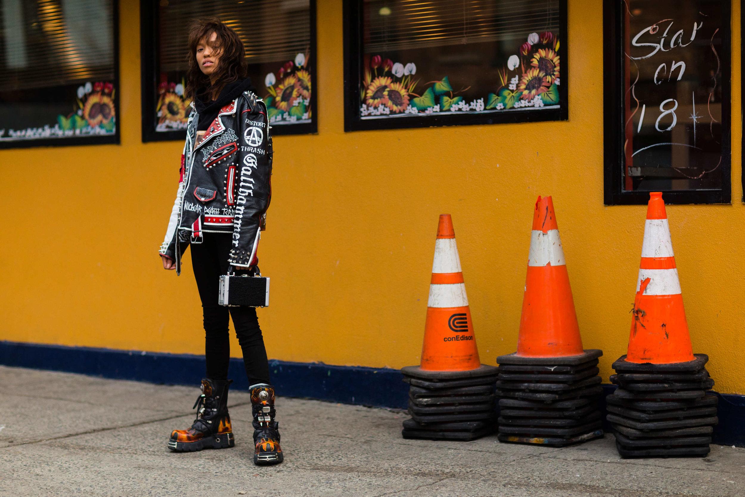 street-style-NYFW-day7-49.nocrop.w1800.h1330.2x.jpg