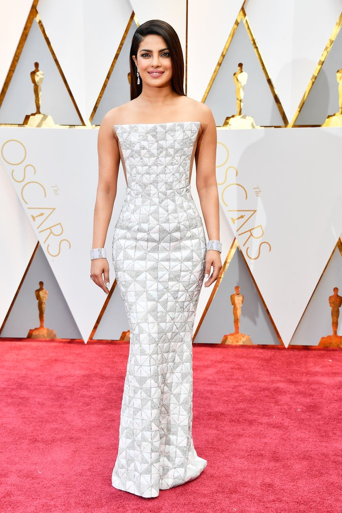 Relative Hollywood newcomer, Priyanka Chopra is fast becoming a style star. The Oscars is no exception as she dazzles in a figure fitting Ralph & Russo dress and Lorraine Schwartz jewels.