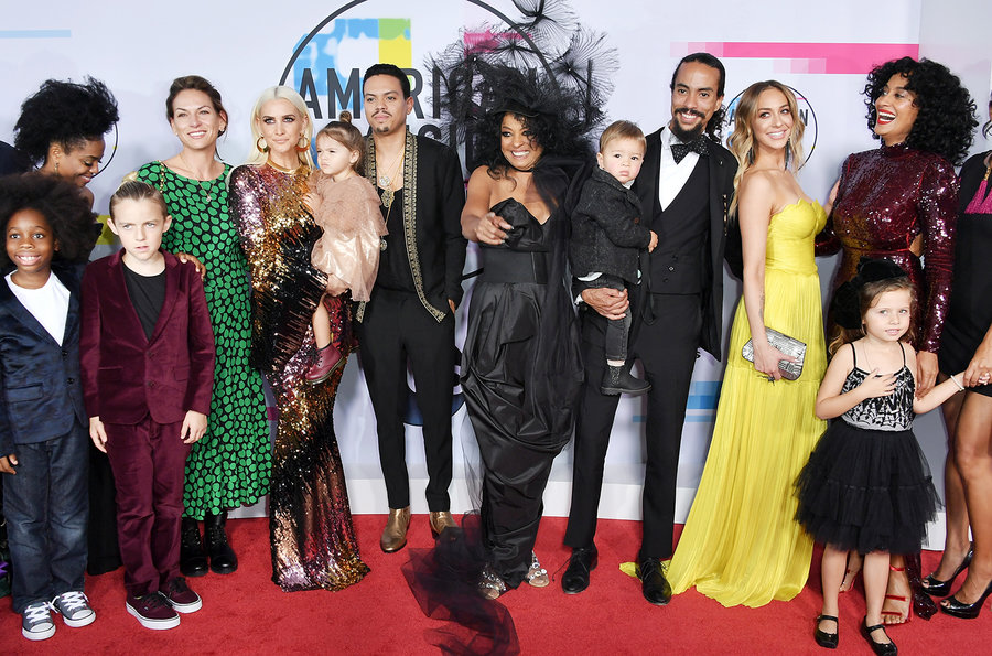 diana-ross-family-amas-arrivals-2017-billboard-1548.jpg