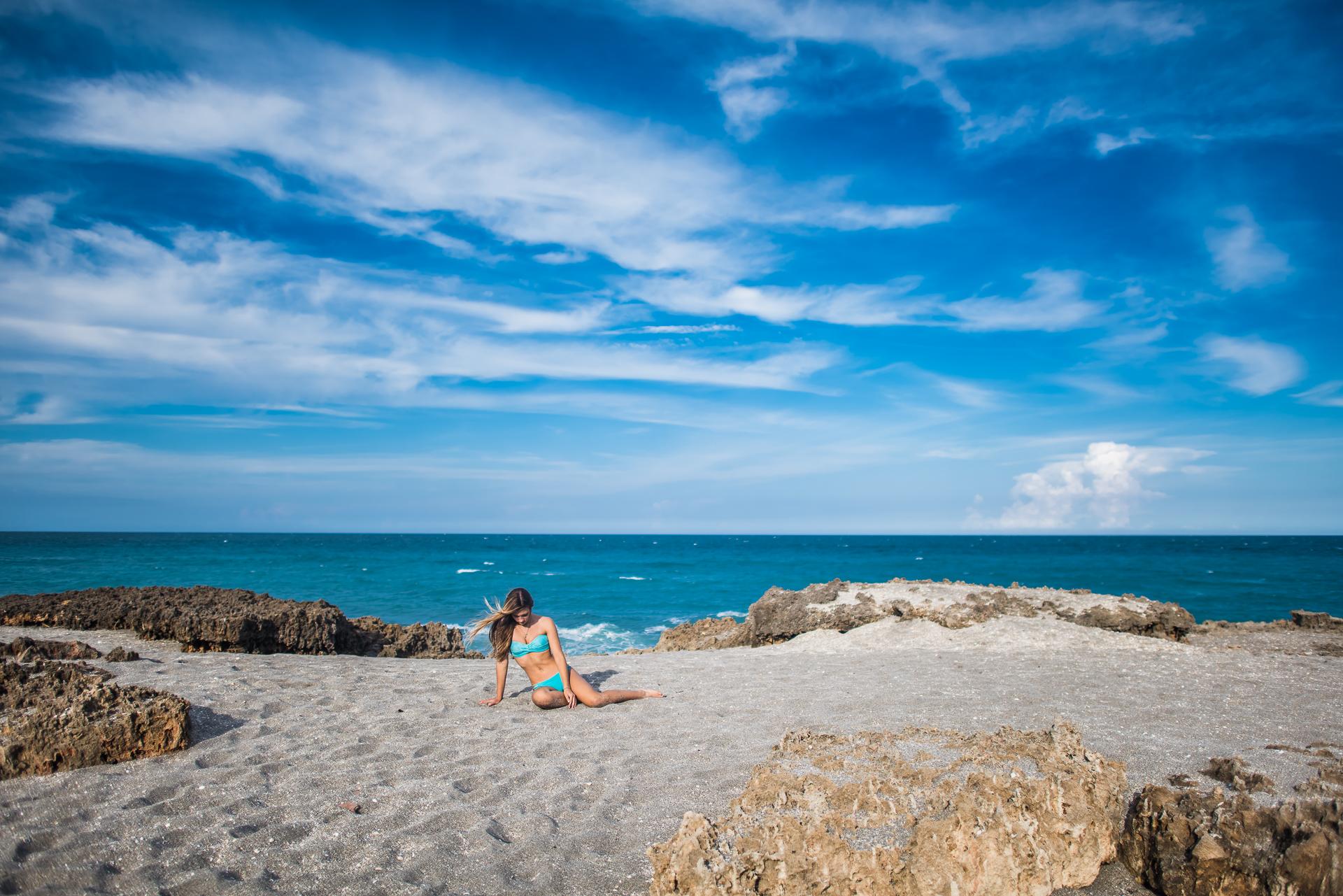 bahamasgirlblowingrocks-139.jpg