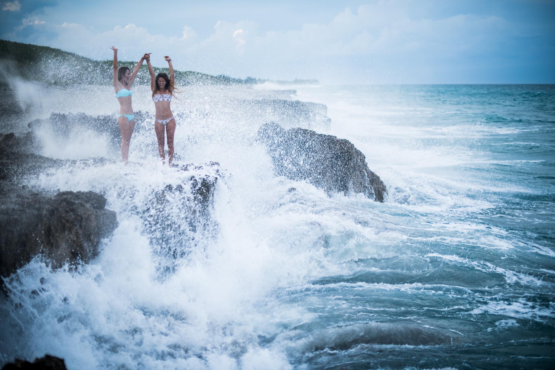 bahamasgirlblowingrocks-446.jpg