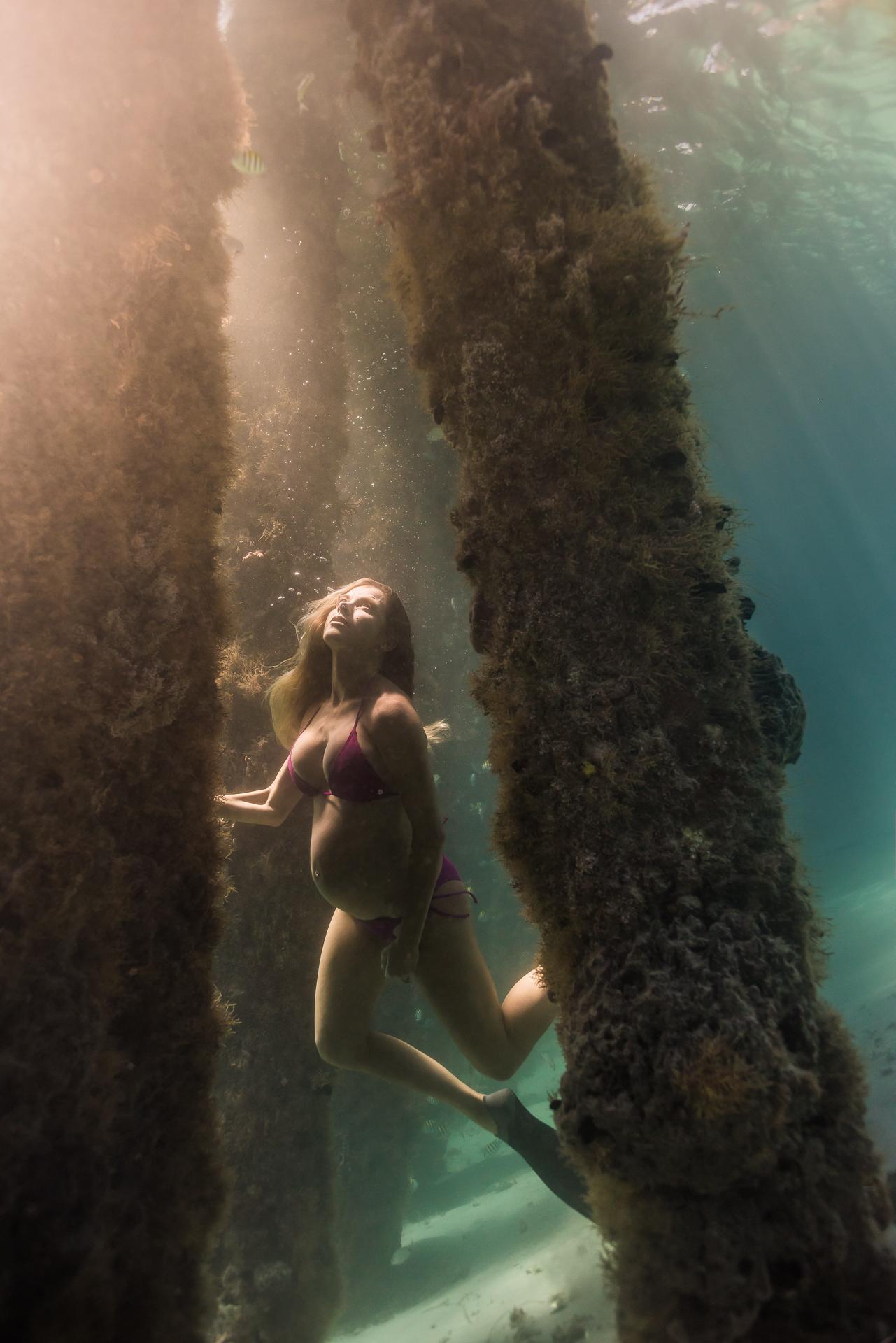 CrystalUnderwaterMaternity-263.jpg