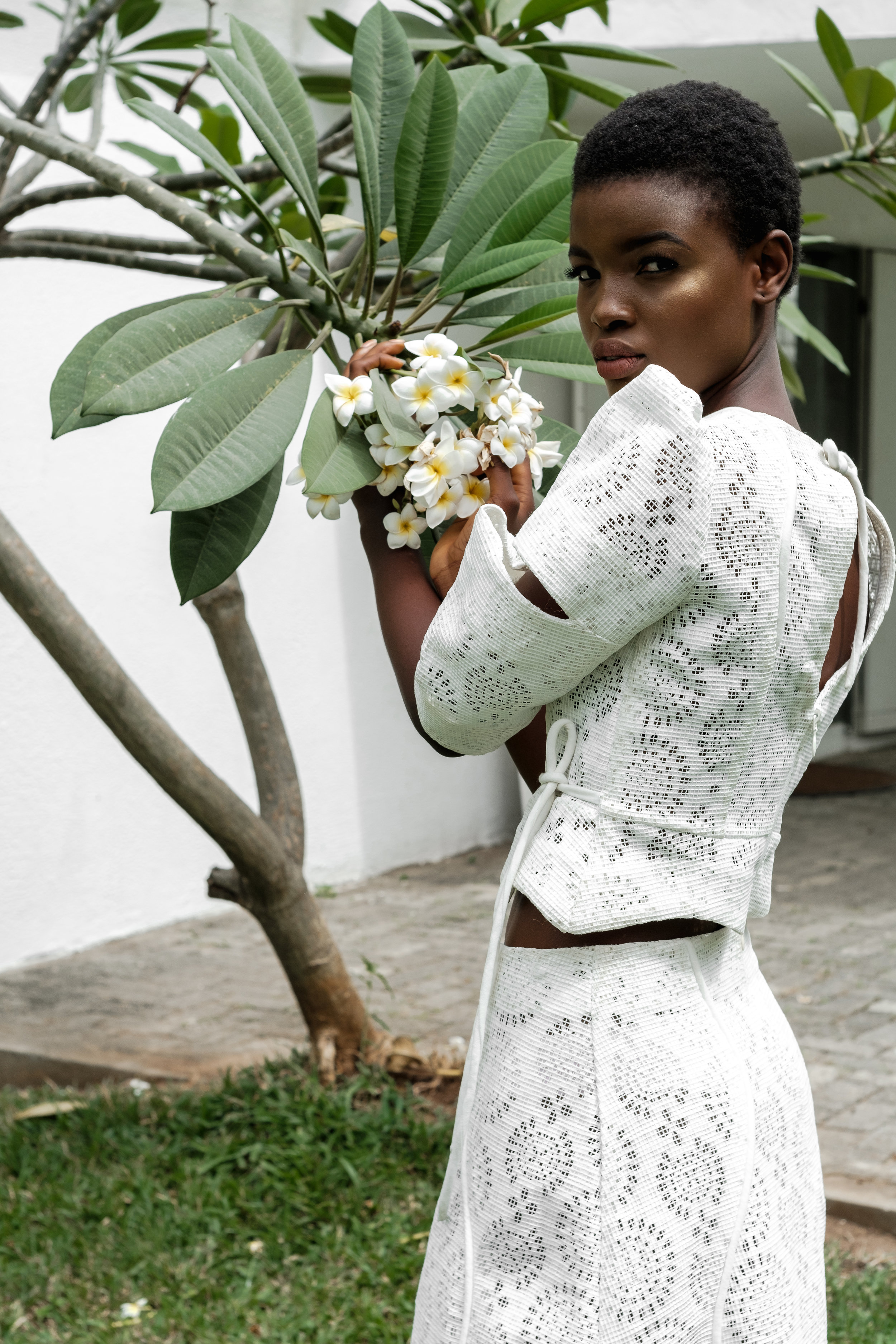 DSCF2537 MEENA SS18 WHITE LACE CROP TOP WITH SLIT SLEEVE DETAILS AND MEENA SS18 WHITE LACE MIDI SKIRT2.jpg