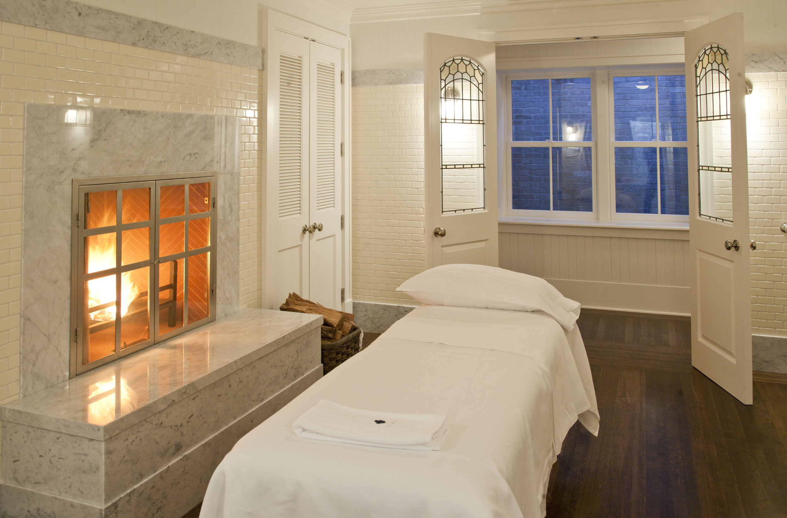 21-House-spa-room.jpg