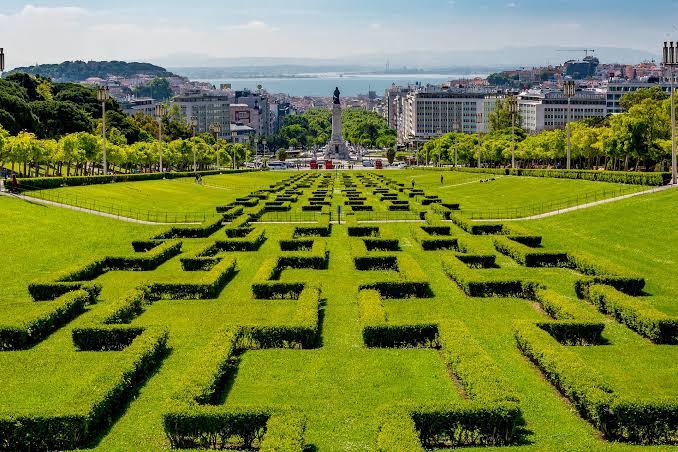 Parque Eduardo VII . Photo source: Lisbon Guru
