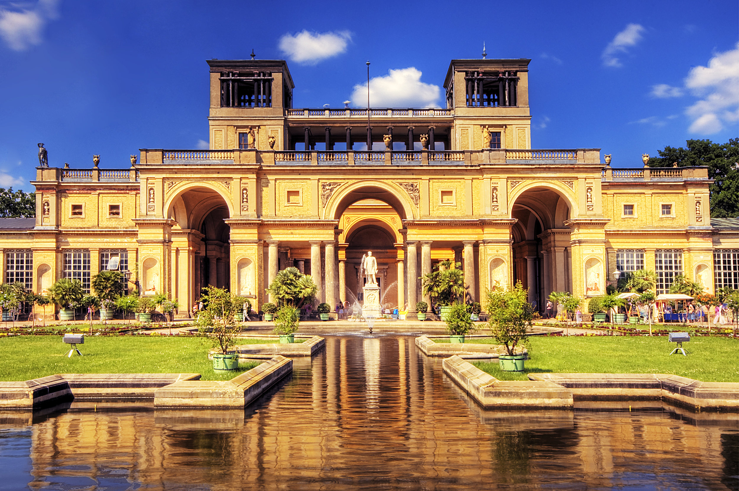 Sanssousci Gardens. Credit: Flowers Australia