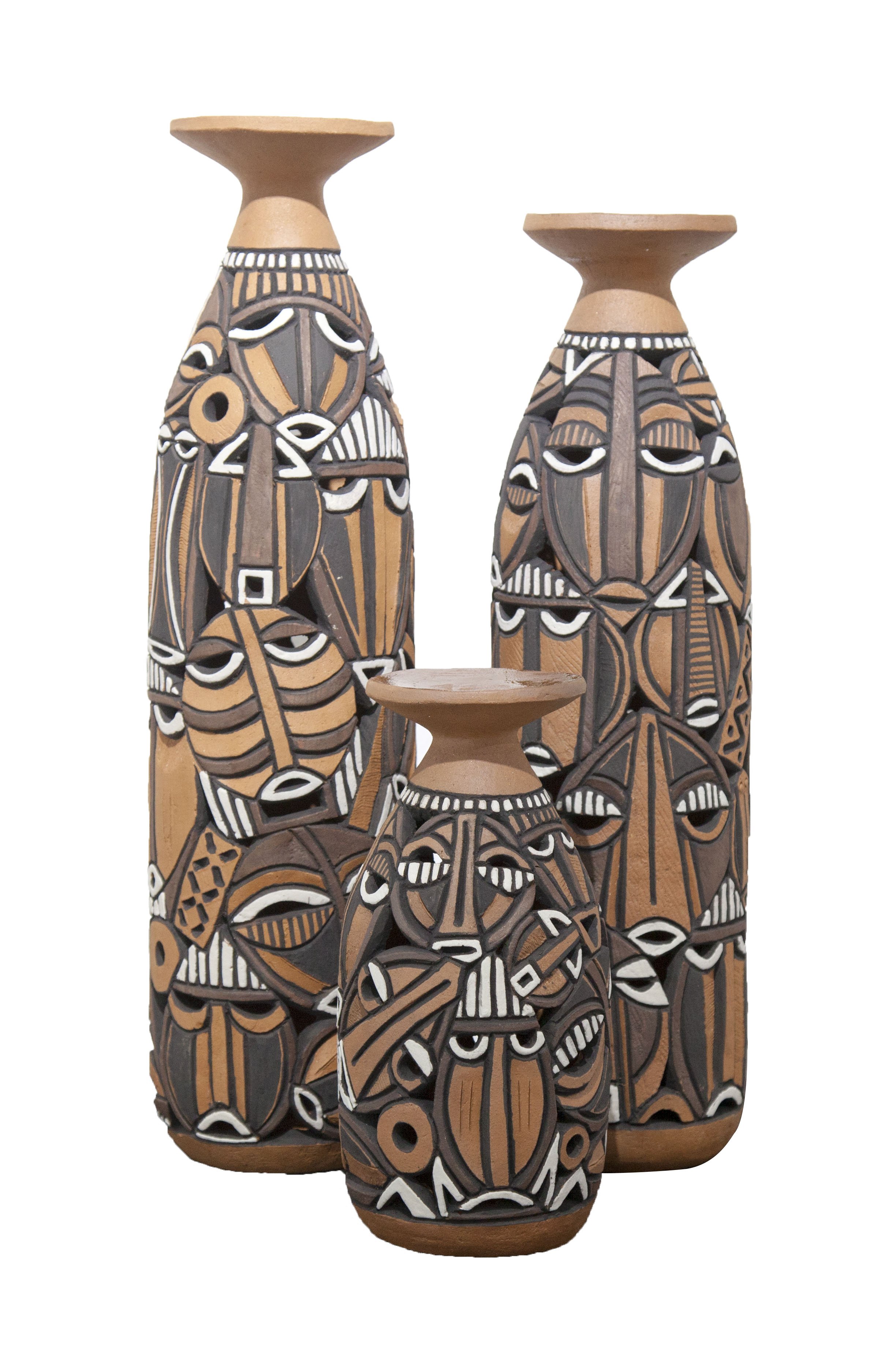 Family Texture II, Naked clay, 58 x 14 cm, 53 x 14 cm, 29 x 14cm, 2019, Nathalie Djakou Kassi