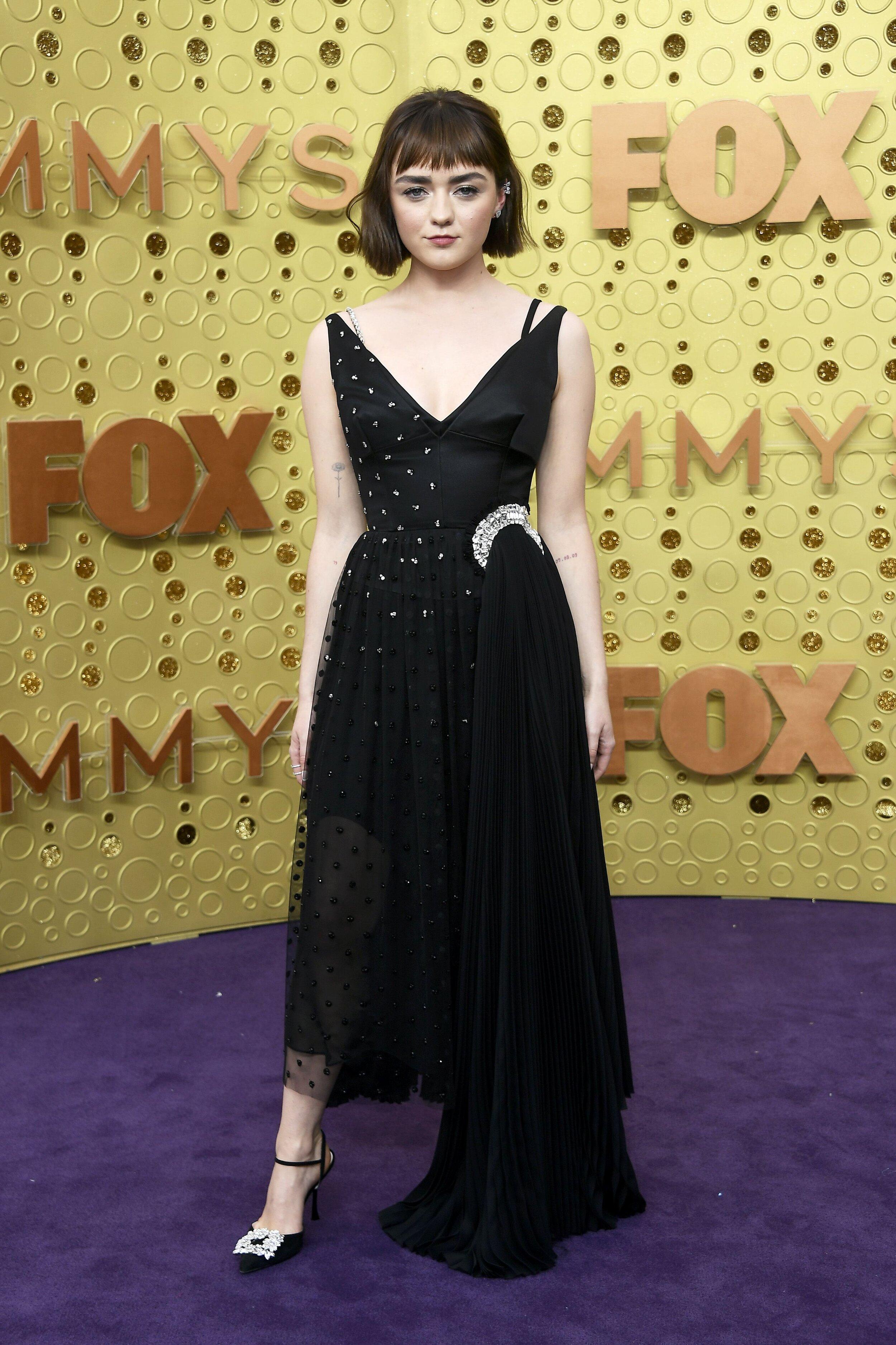 Maisie Williams. Photo Source: Harper's Bazaar