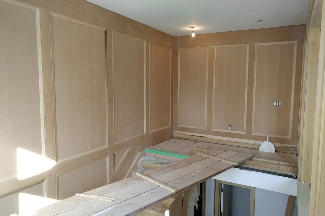 Richmond Hill transitional custom home wall paneling