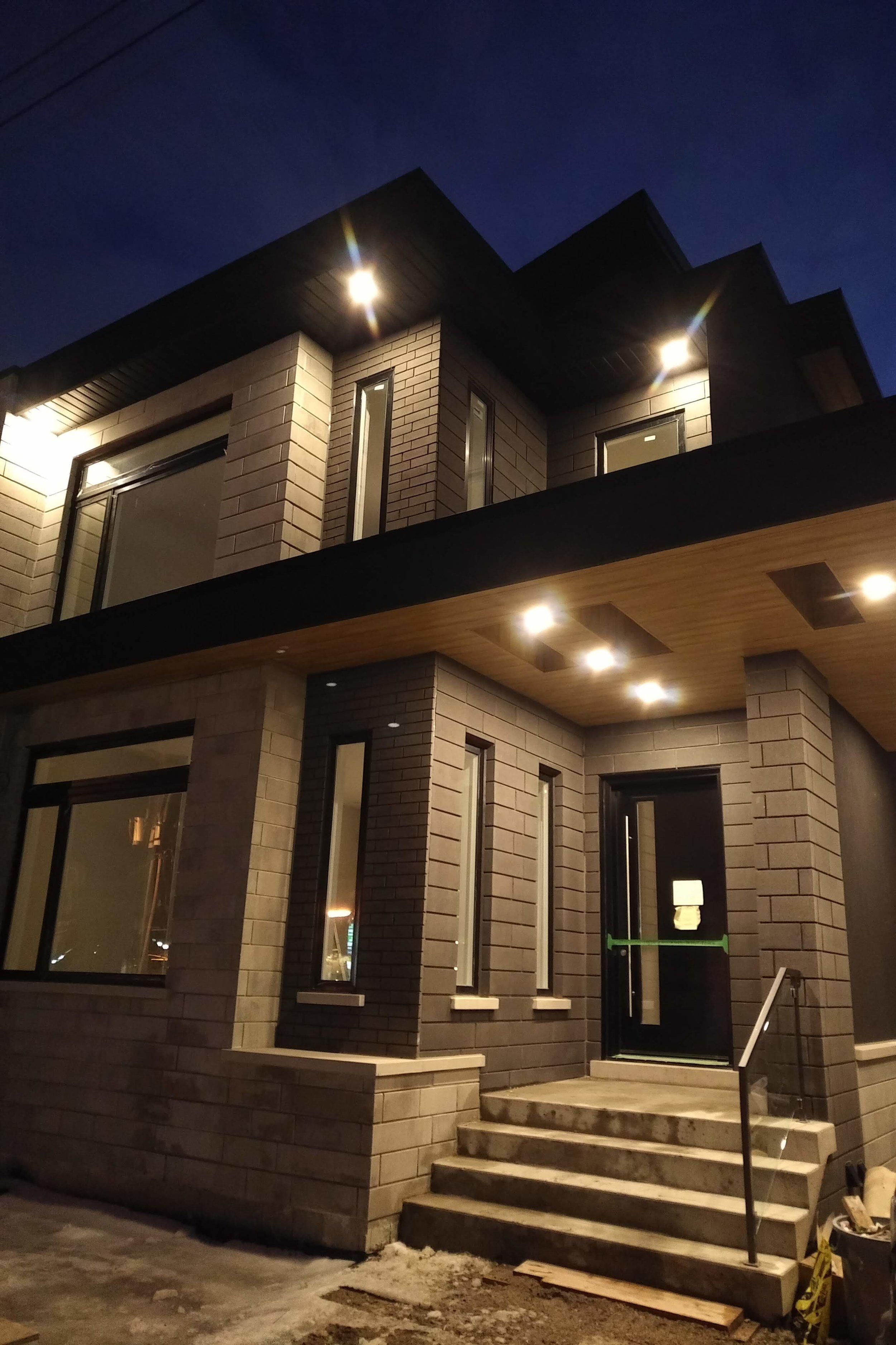 Modern Custom Home Exterior - Etobicoke
