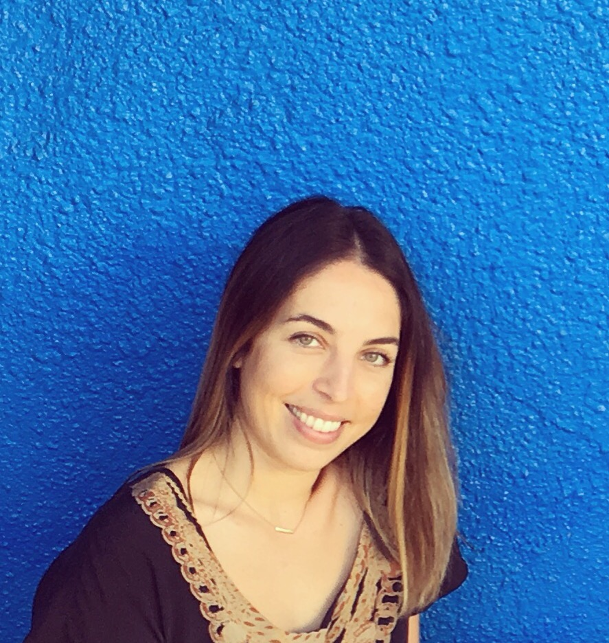 Ava Henderson is a therapist at the San Francisco Marriage and Couples Center. Ava provides sliding scale therapy to individuals and couples.