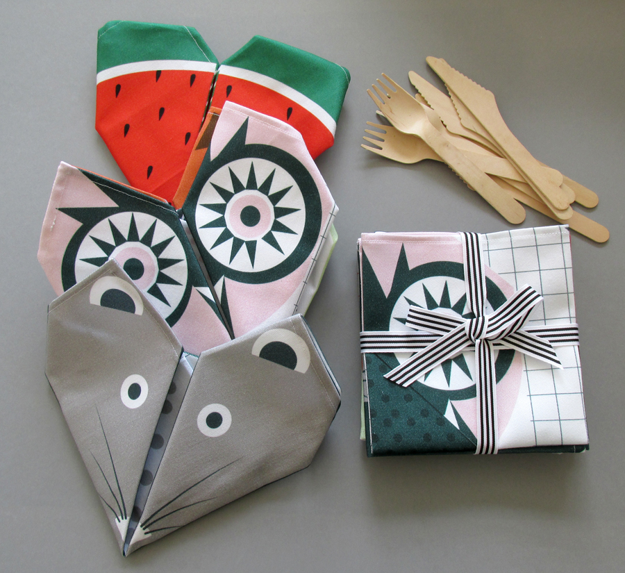 What do you get if you fold a mouse, an owl and a watermelon? A good looking table setting that's what.