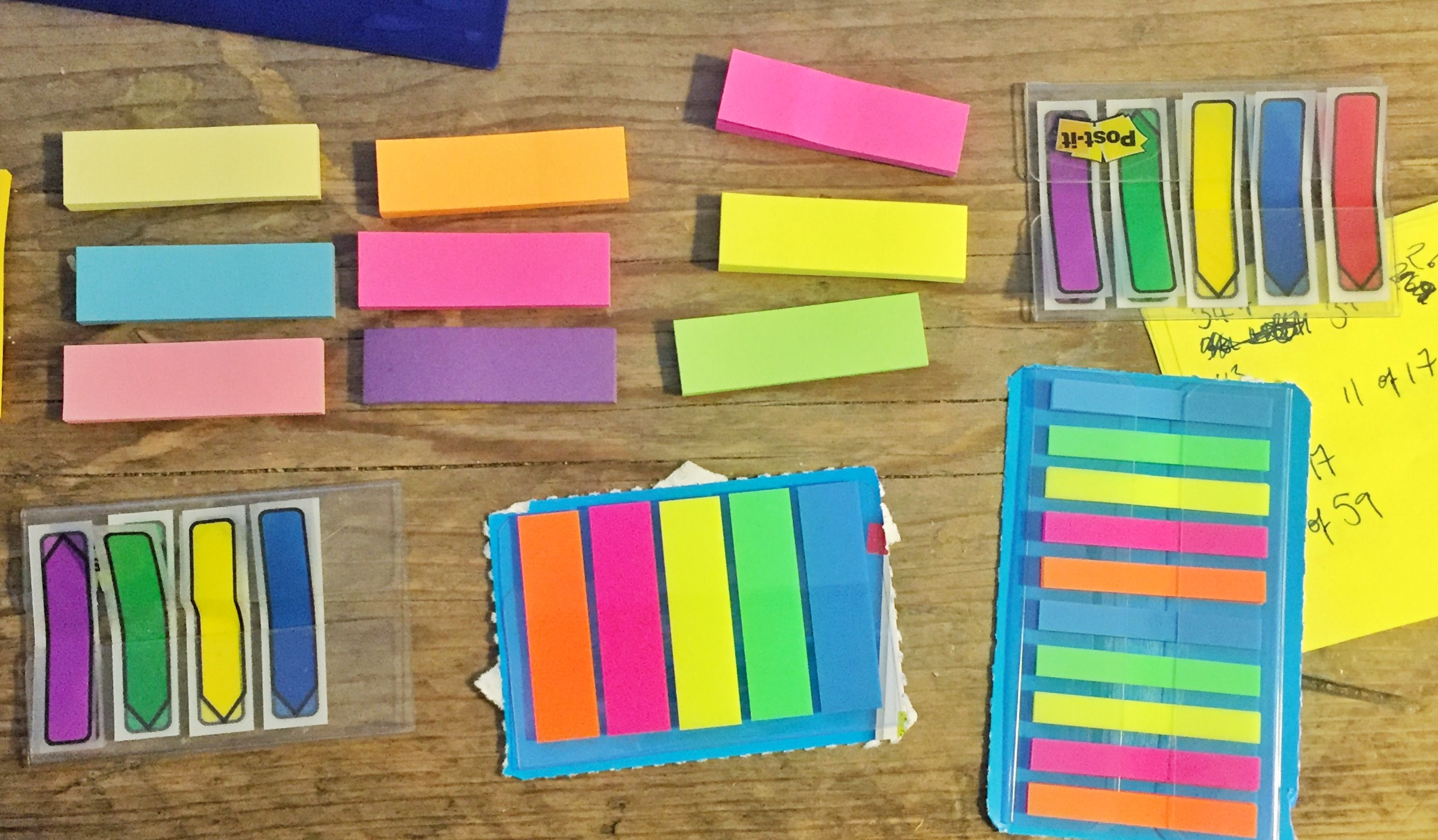 Post-its, pretty Post-its.. (other sticky notes are available..)