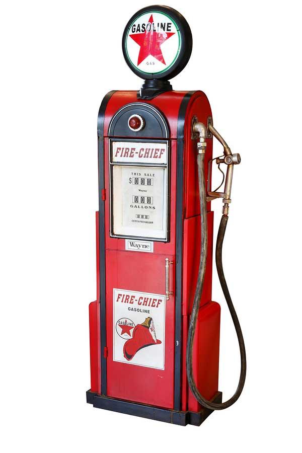 Antique-gas-pump-web.jpg