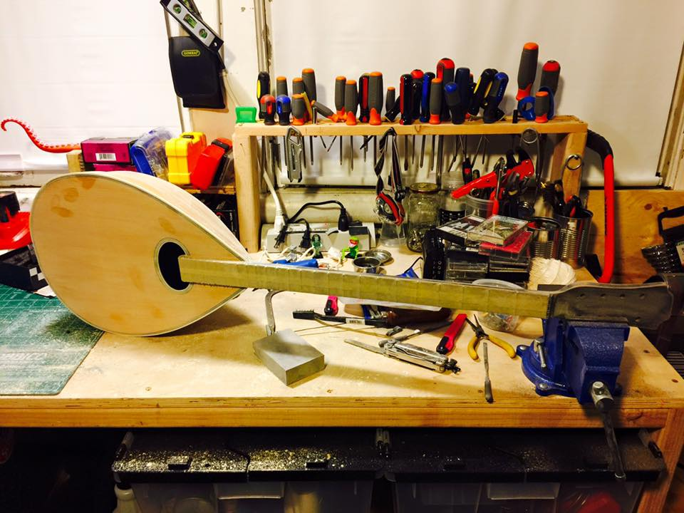 fixing the inlay as well as reshaping the flow of the neck and head. Also so much sanding along with more sanding.