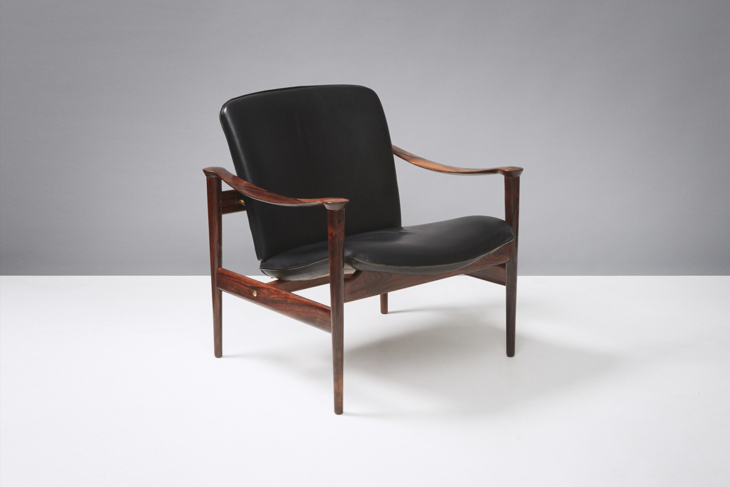 Fredrik Kayser  Model 711 Chair, Rosewood