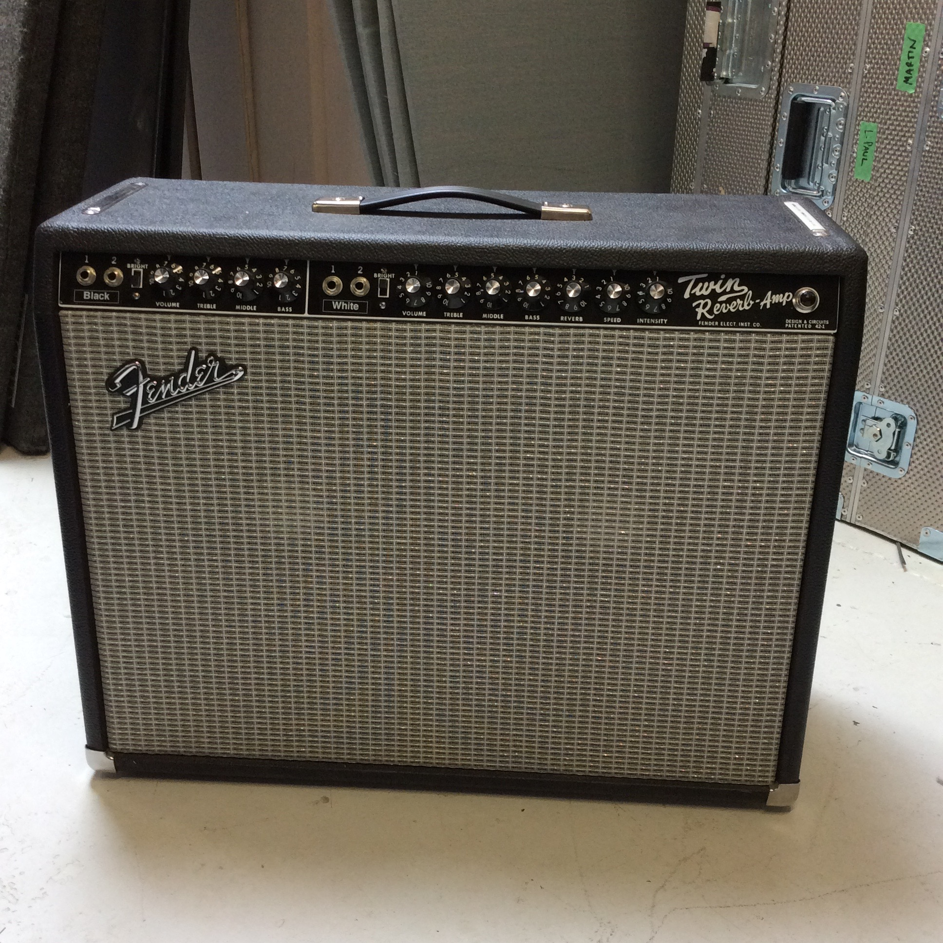 2x12 Fender Twin Reverb  Notes: