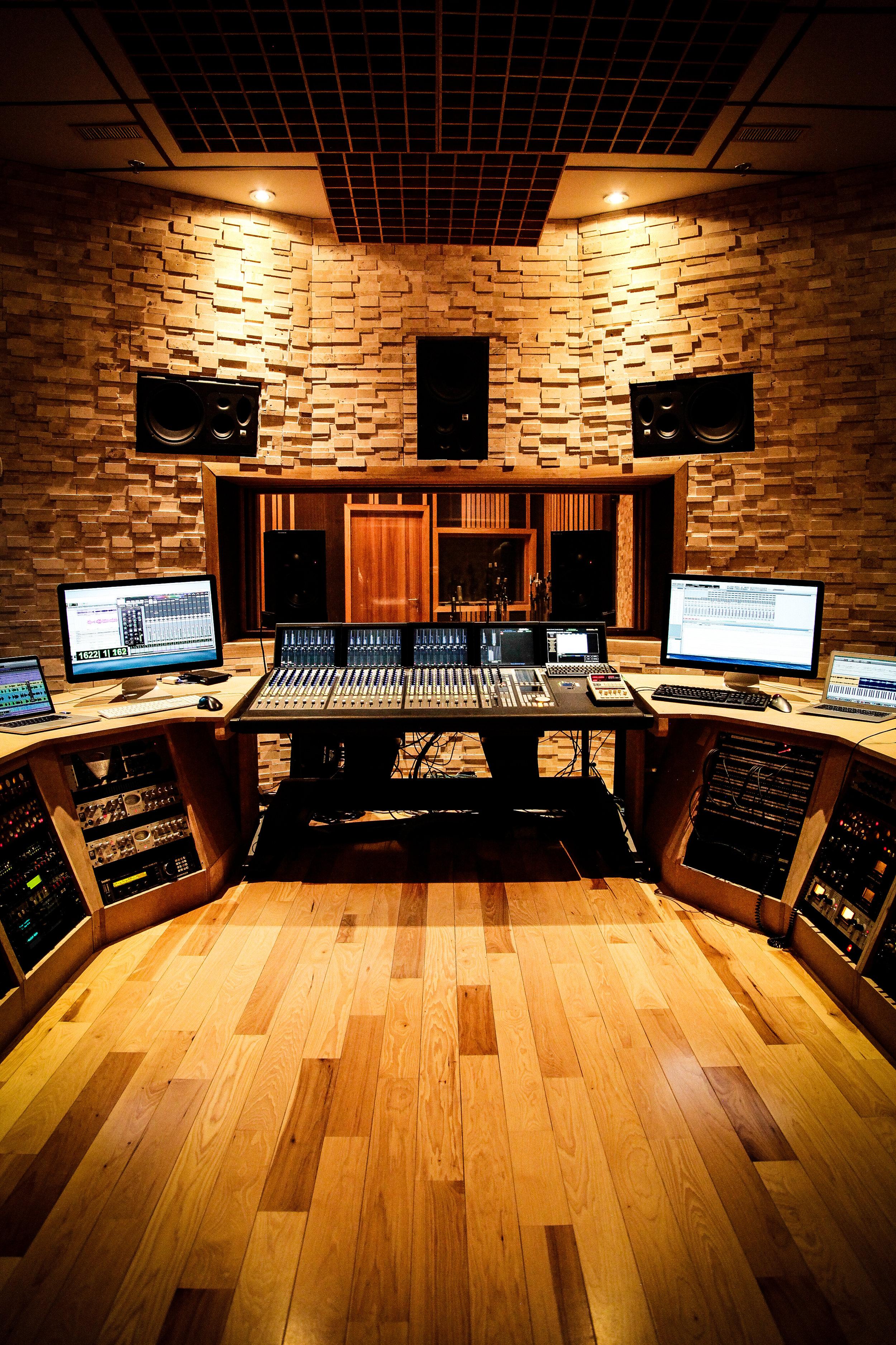 roseroom-post-audio-mixing.jpg