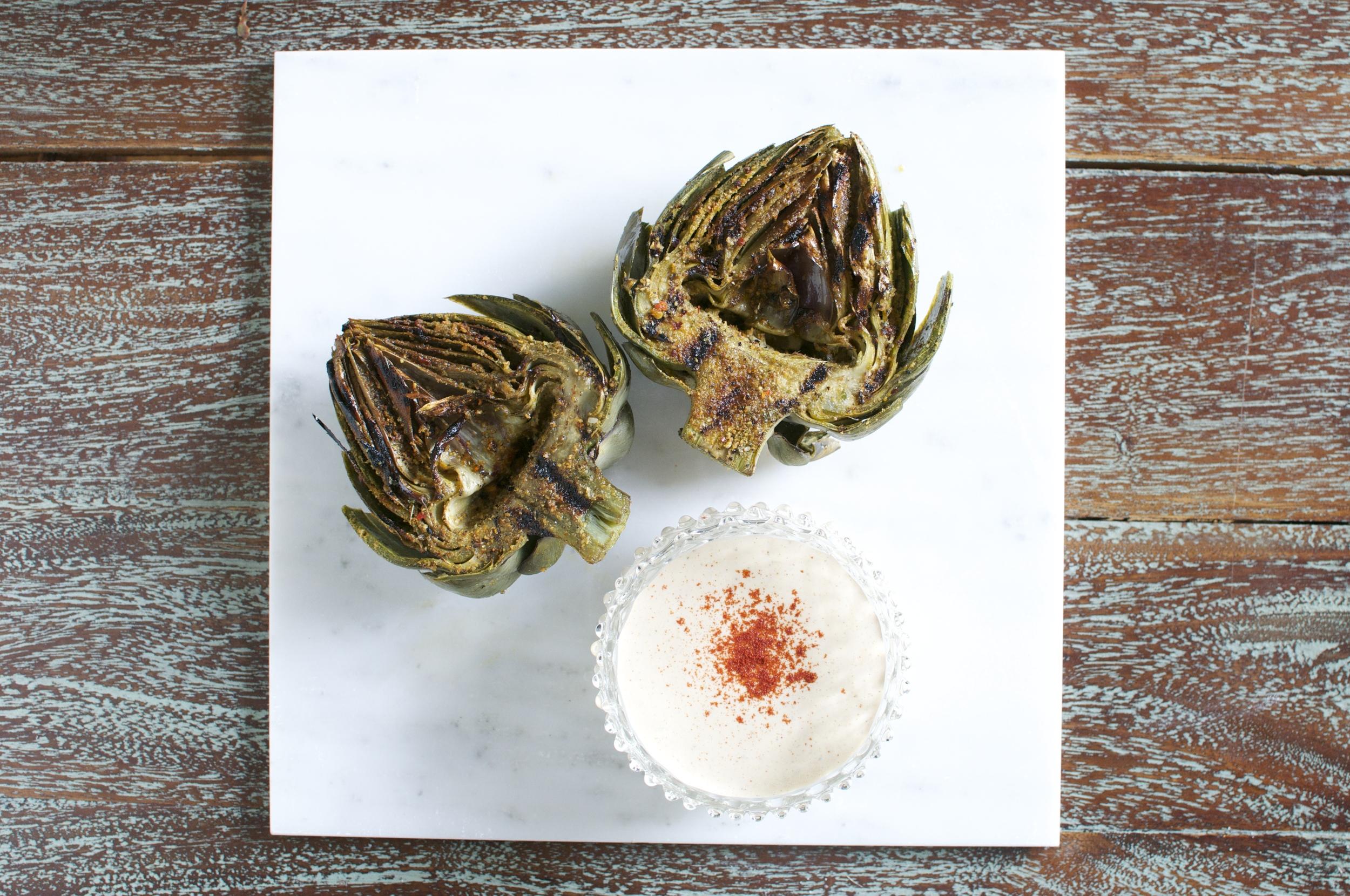 grilled artichokes with lemon worcestershire aioli | kitchen lush
