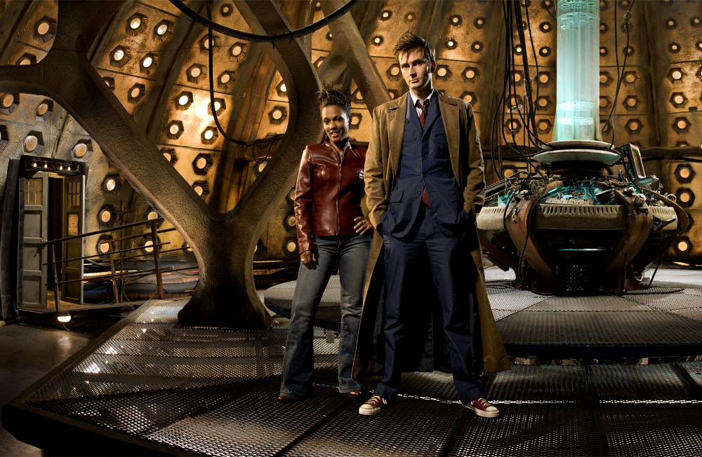 david_tennant_doctor_who_freem_2325x1203_miscellaneoushi.com_1__17327.1421687948.jpg