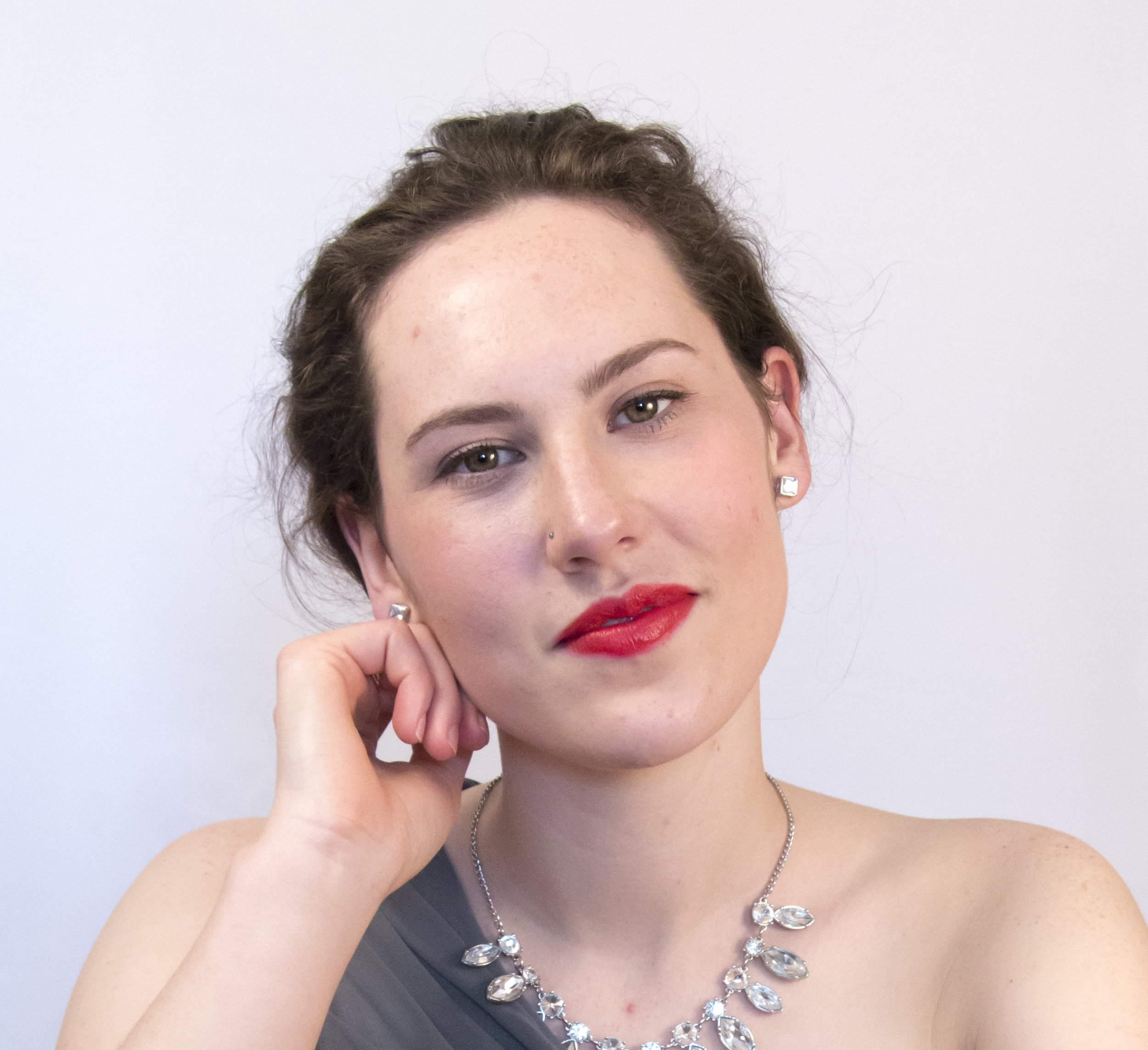 Beth Goulstone Headshot.jpg