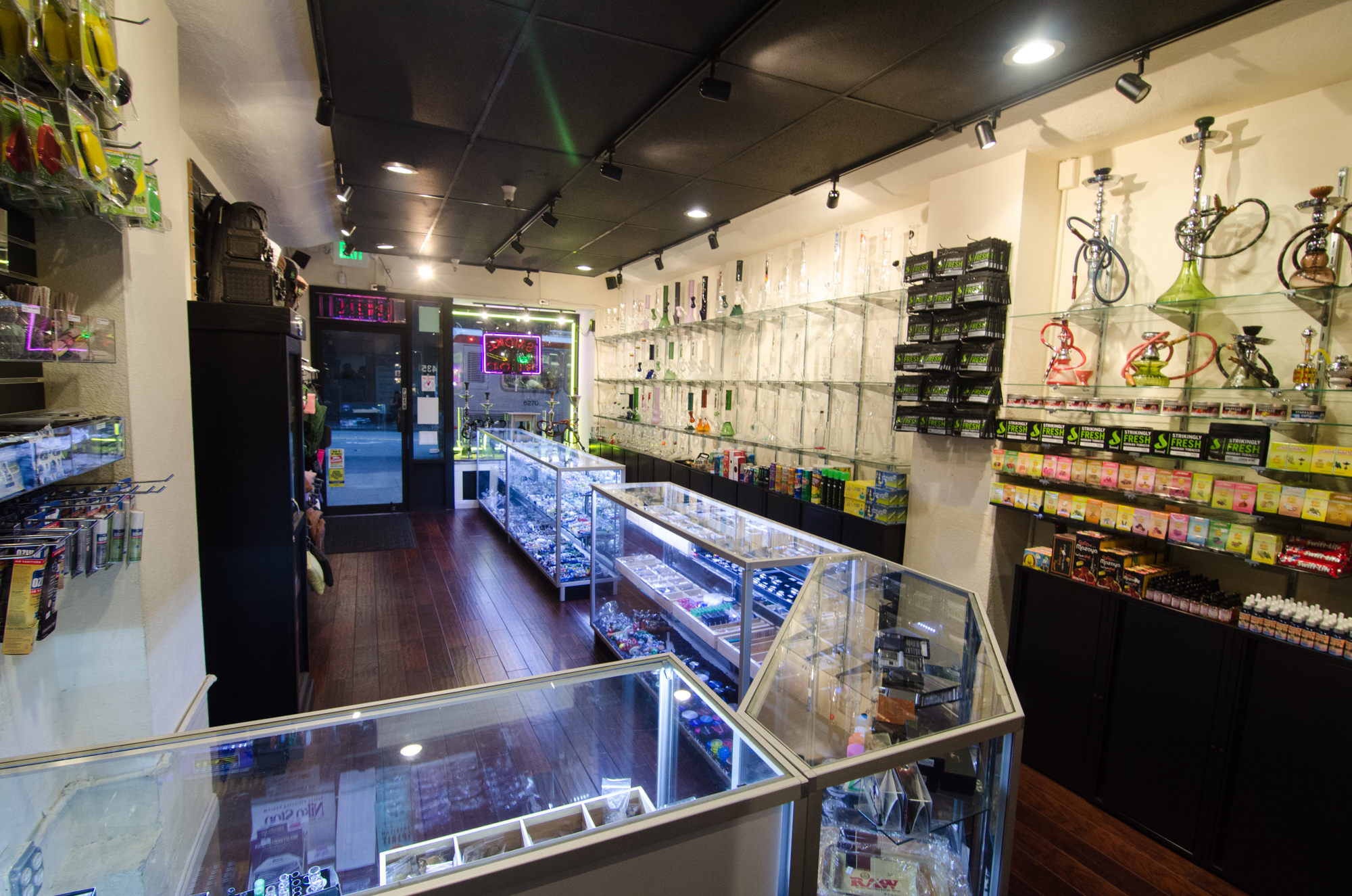 Vapor Smoke Shop-73.jpg