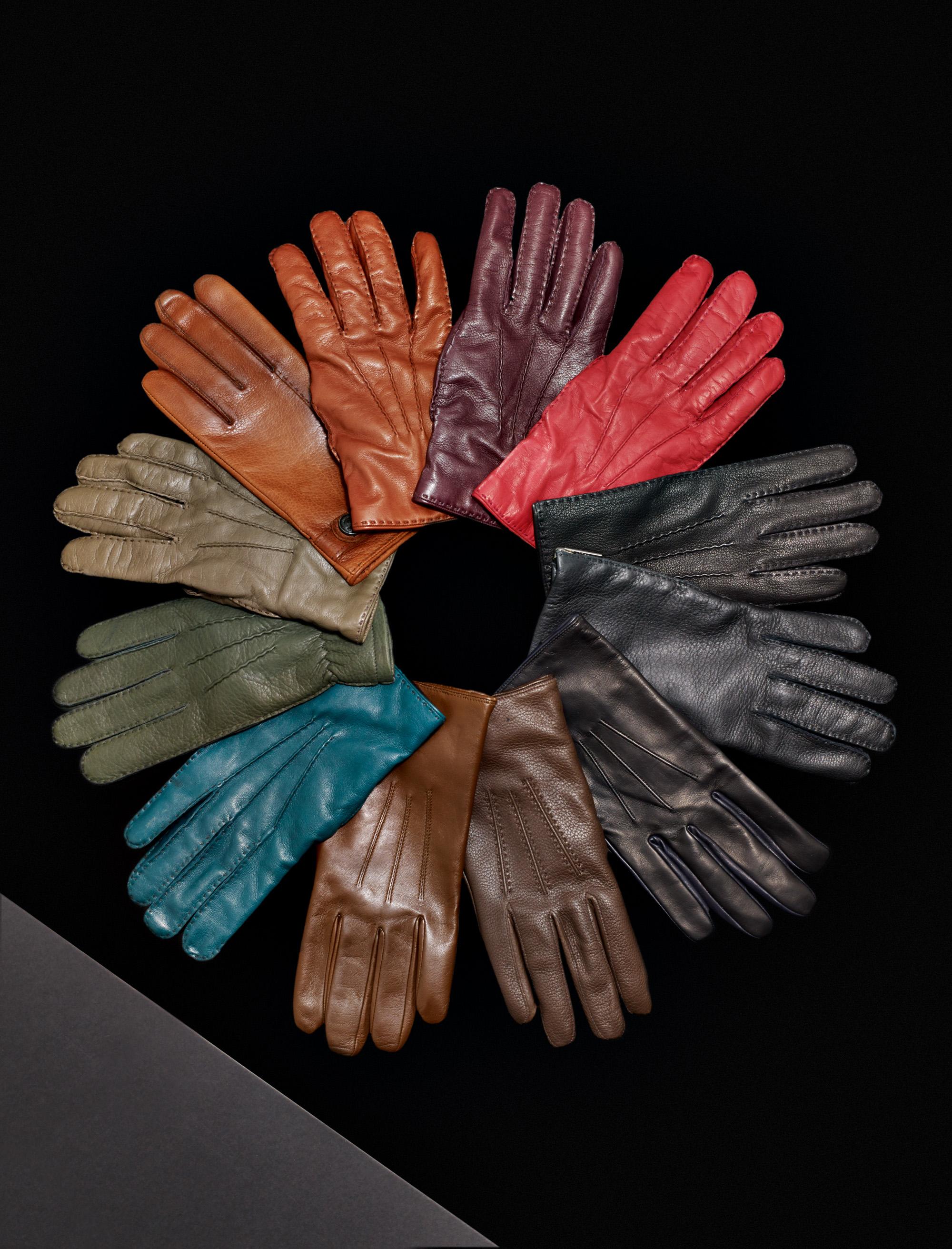 Gloves_0109_contrast.jpg