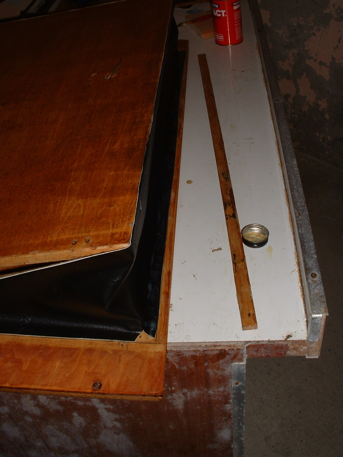 I recovered the bellows using upholstery leatherette. It's all I had available to me at the time and haven't used it since. Genuine bellows cloth is the only suitable material.