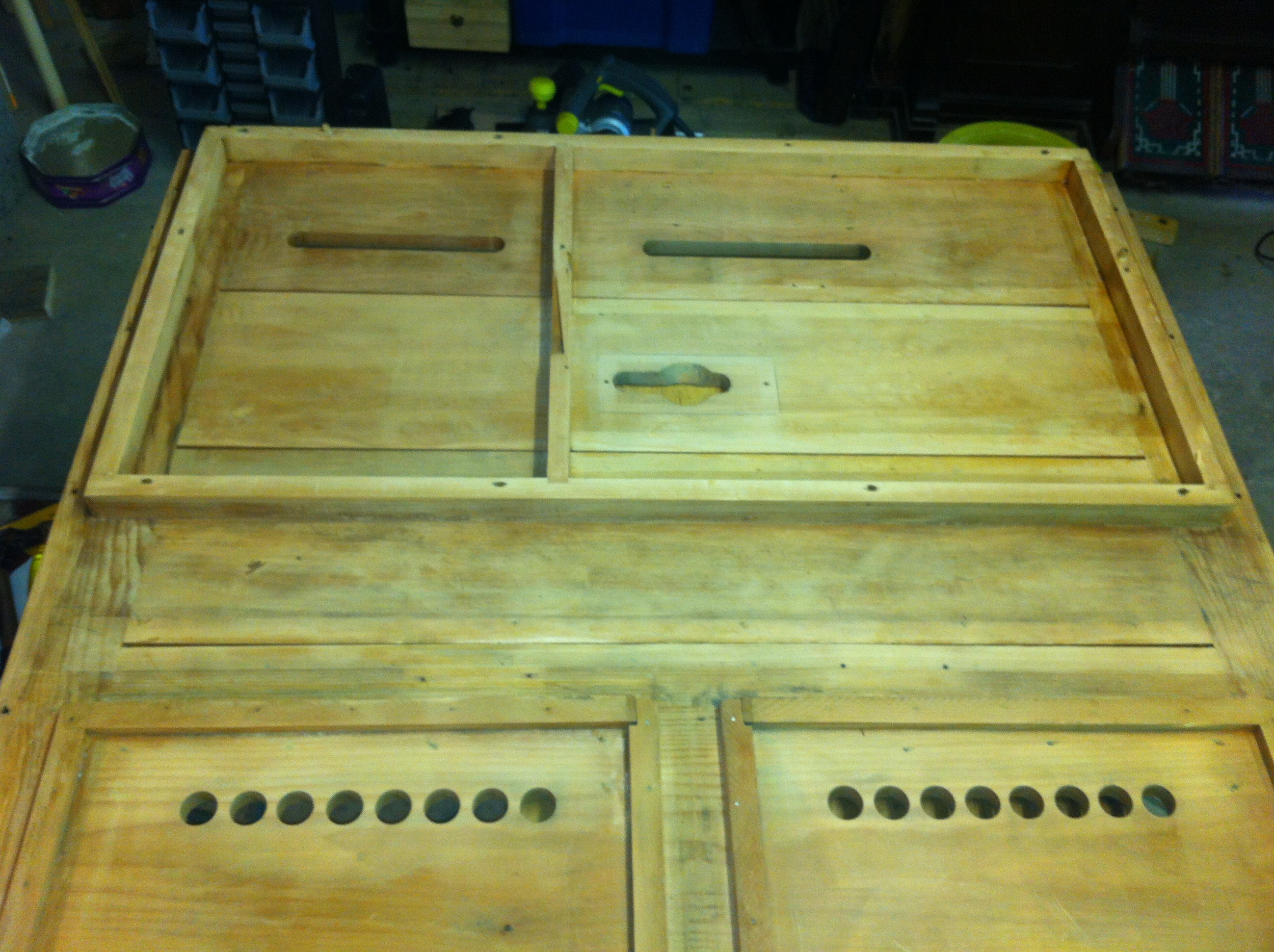 The sanded reed pan/ bellows platform