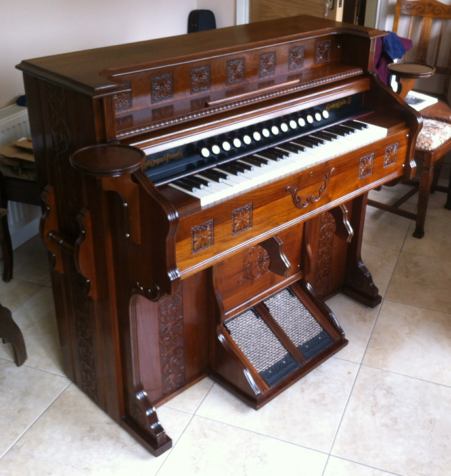 Bell of Guelph, Canada, 1897 Reed Organ Restored 2013-2014