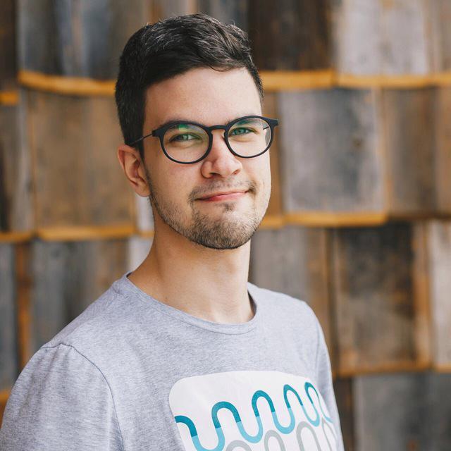 Сергей Жданов - дизайнерит образовательные программы
