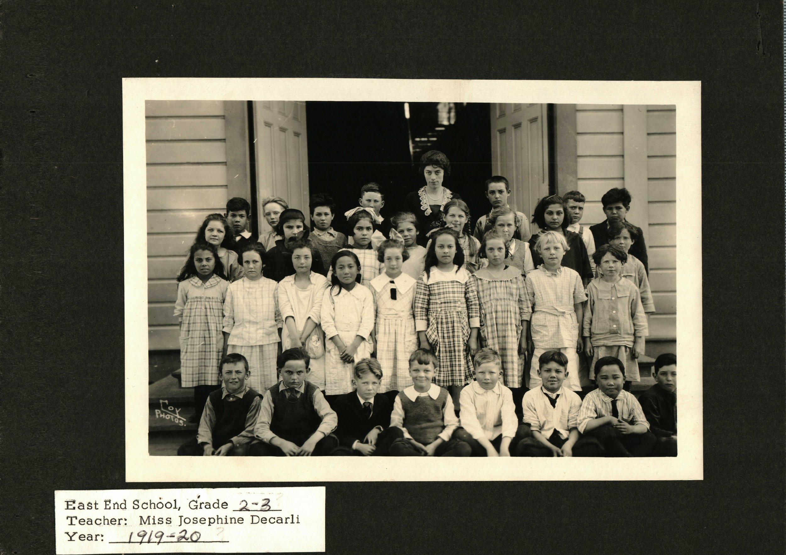 1919-East End School-2nd 3rd Graders.JPG