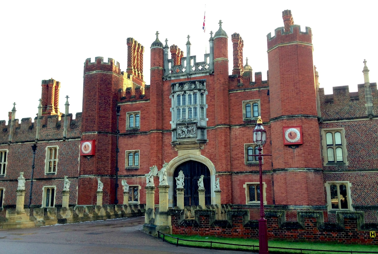 Hampton Court Palace Great Gatehouse