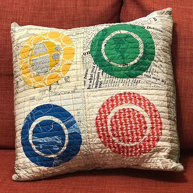 Check out this awesome cushion my bestie @artsycraftsyivy made for me. Swipe to see the one I made for her. ❤️