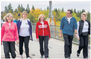 From L to R: Deborah Apps (president & CEO, TCT); Ruth Kristjanson (vice-president corporate relations, Manitoba Hydro); Laureen Harper (Honorary Campaign Chair); Ian Hughes (president, Trails Manitoba); The Hon. Shelly Glover (Minister of Canadian Heritage and Official Languages).