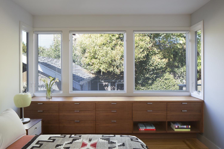 07_Bedroom Cabinetry_Gilbert St.jpg