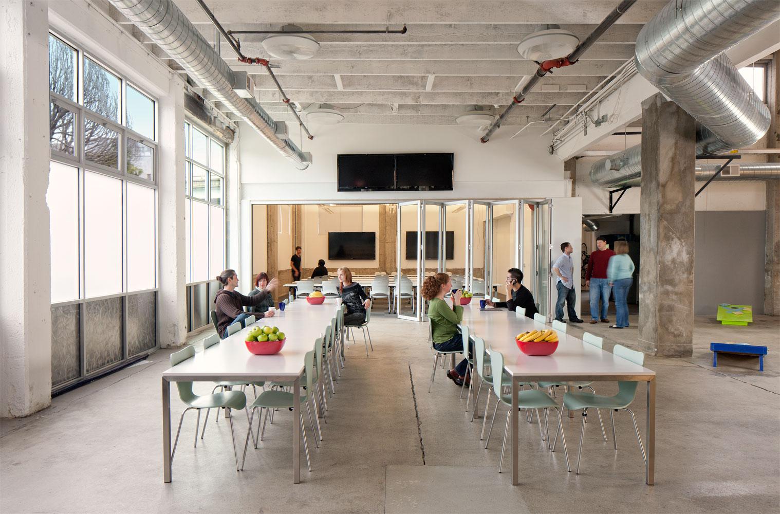 24_Atlassian-II_Dining-Area.jpg