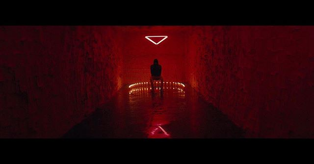 "very excited to share a project I shot last year October, shot on Cineovision k35 anamorphic 🔻  Offset - ""Red Room"" @offsetyrn .  directed by @aisultan  prod. @saformat  ac @terragutgonz @joe_ashi  gaffer @tatemccurdy  crane op @remotepro76  steadicam @rkvolsky  editor @milestrahan  color @jaimeoshow @company_3 .  big 🙏thanks to my Atlanta crew & @a_yedgey @jannibiss @575tima @company_3 @maxcoltt  link in bio"