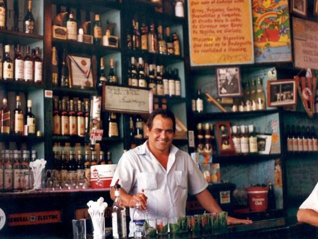 bar_640_480_La-Bodeguita-del-Medio_Bar_Havana-Mojito_566690f8177eb.jpg