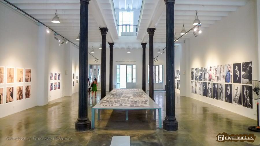 art-exhibition-by-karl-lagerfeld-at-factoria-habana.JPG