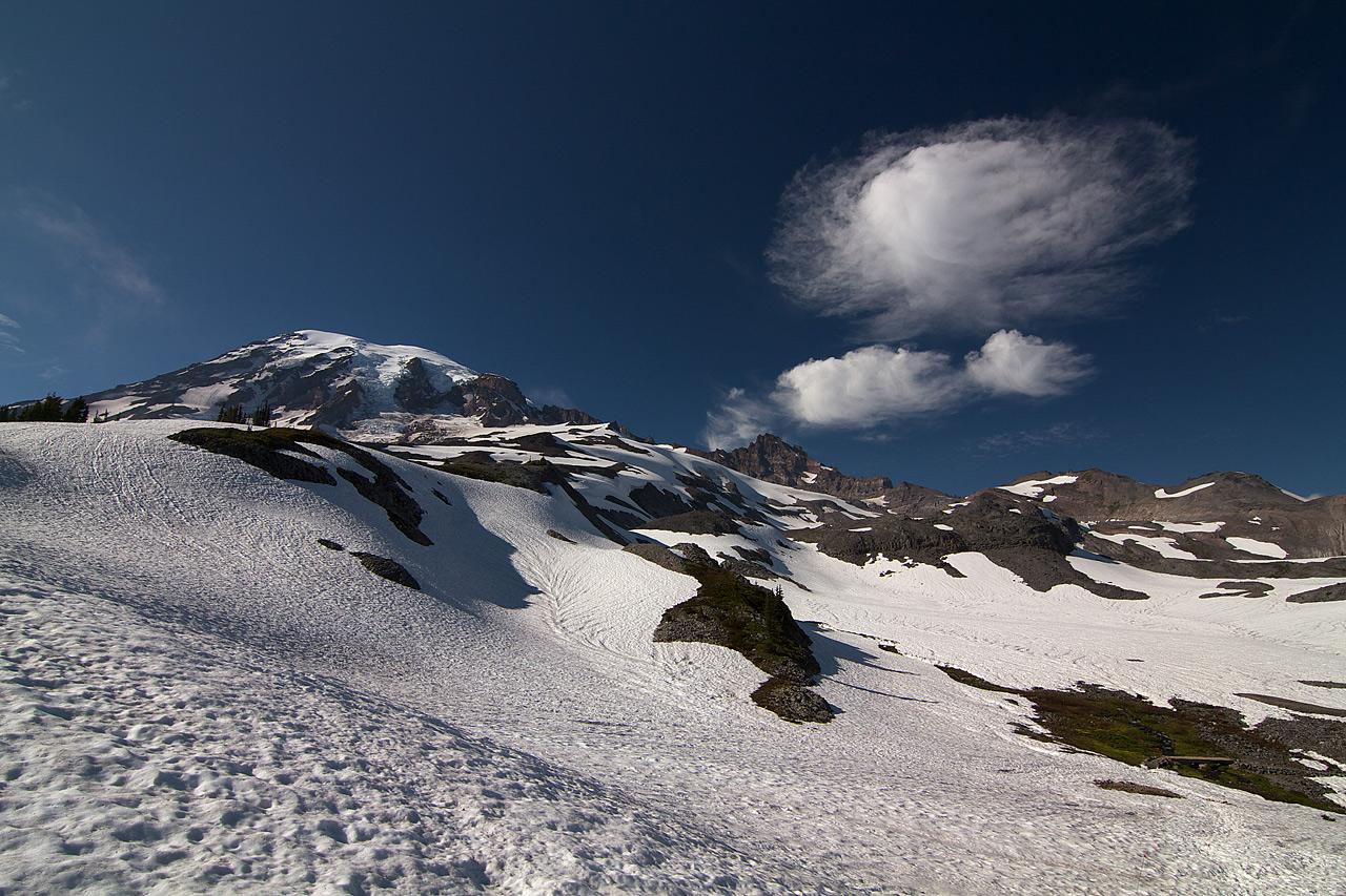 Snow_on_the_Skyline_Trail_in_July.jpg