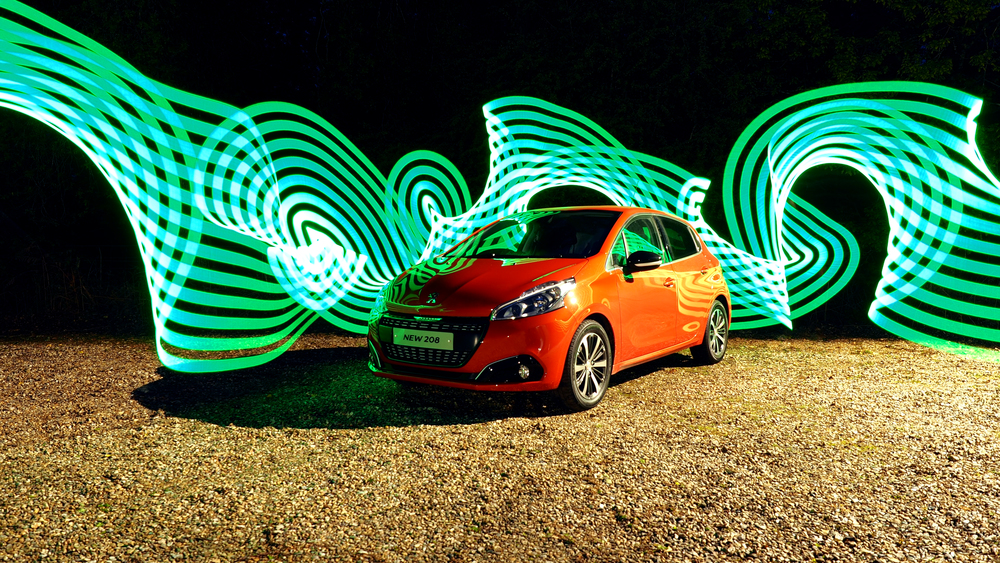 Peugeot - New 208 - Light Painting