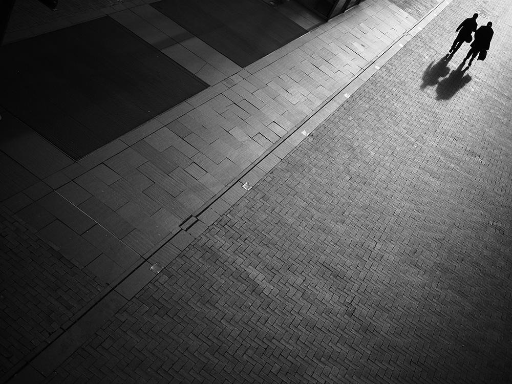 shadow-street-photography