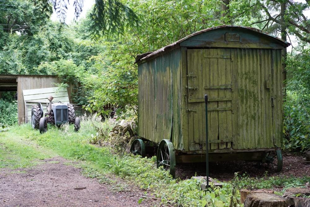 dorset-shepherds-hut-renovation.jpg