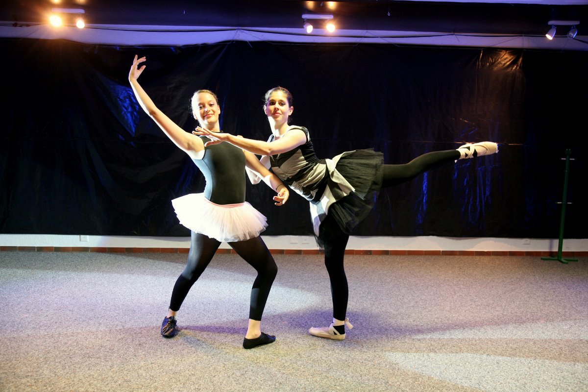 we-love-to-dance-18.jpg