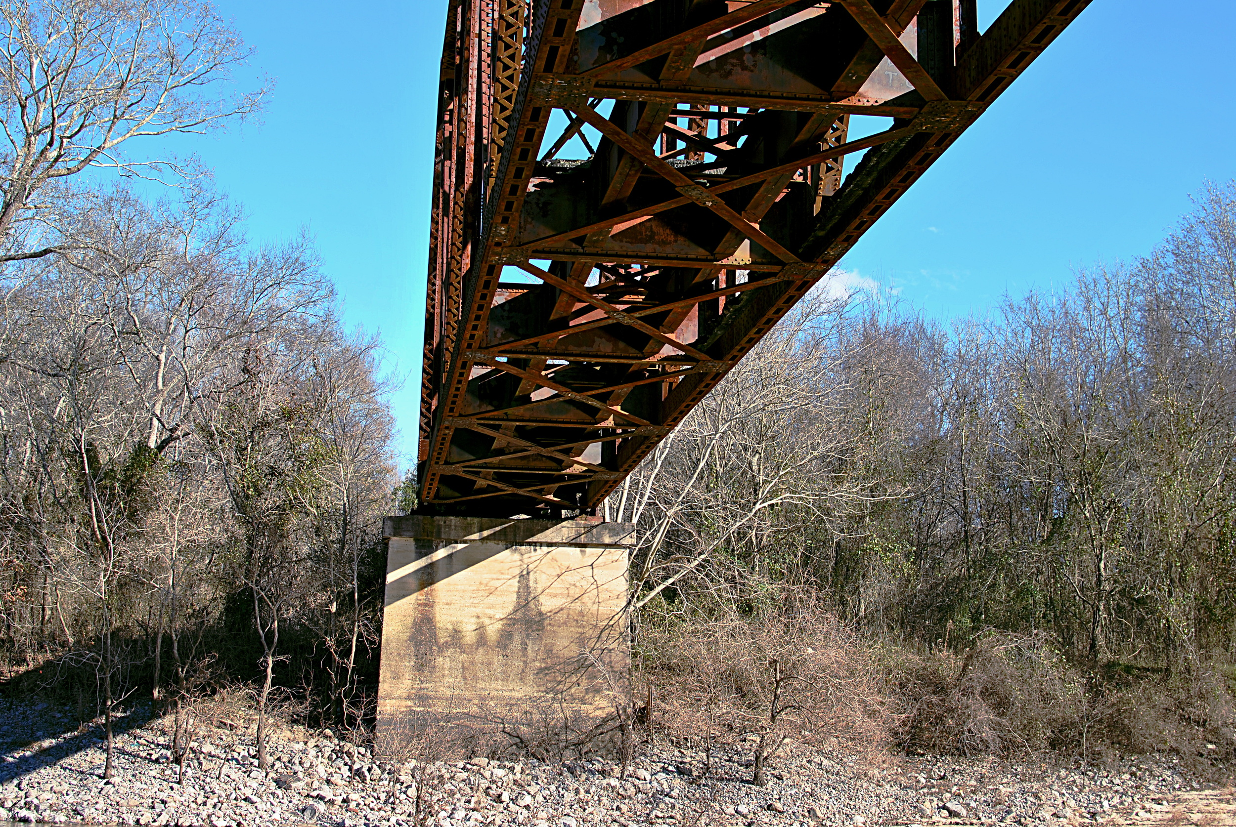 Bolivar had come to Hinds county to find love. Instead, he found archaic transportation infrastructure in bad repair.