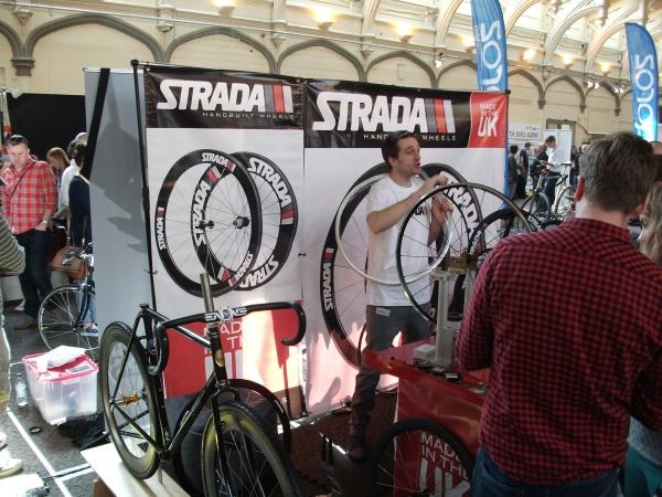 120327_Bespoked-Bristol-2012-Strada-Handbuilt-Wheels.jpg