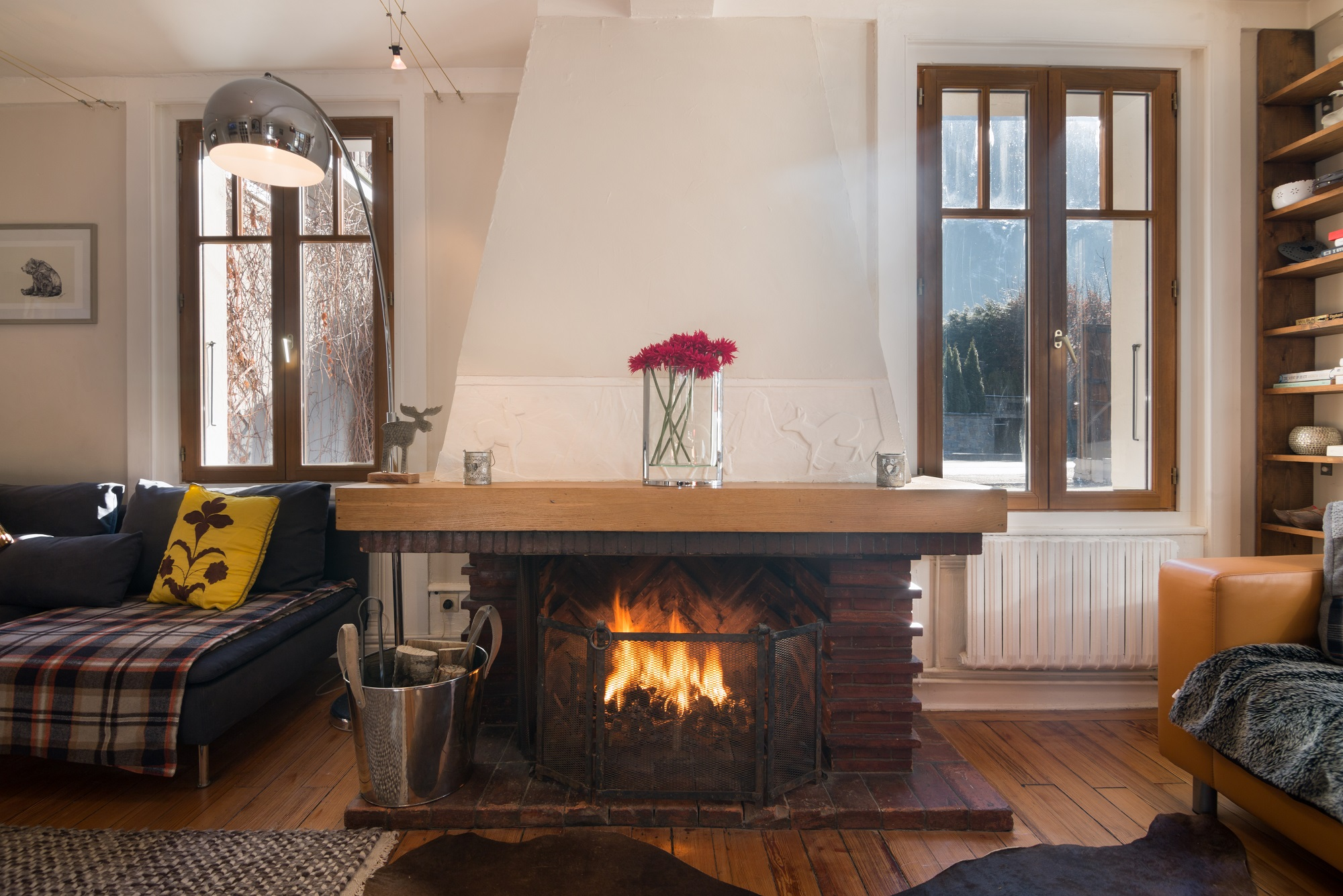 Lounge fire.jpg
