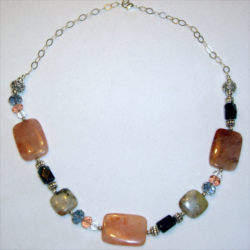 necklace 011.jpg